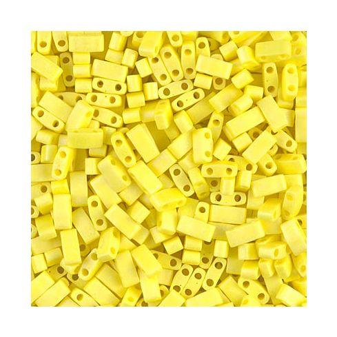 Miyuki Half TILA 0404FR Opaque Yellow Matted AB
